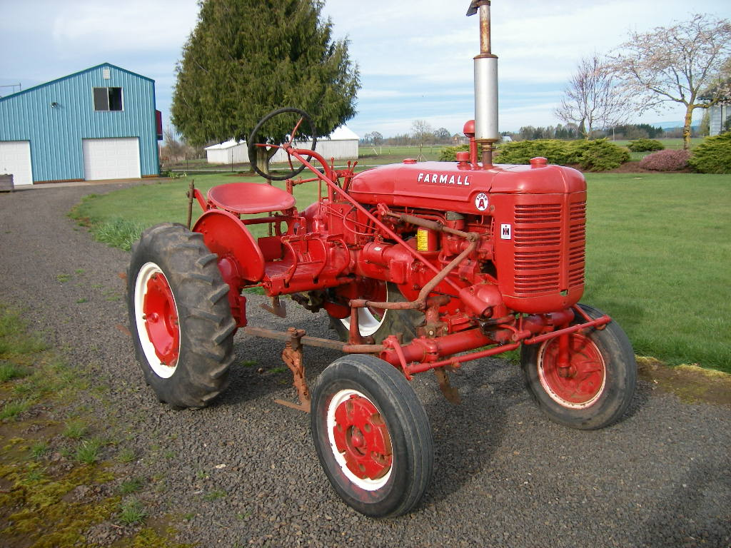 FARMALL SUPER A W/CULTIVATORS